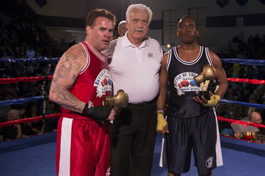 Chicago Police Officer Steven Archer (r.) won his fight at last year's Battle of the Badges at De La Salle Institute.