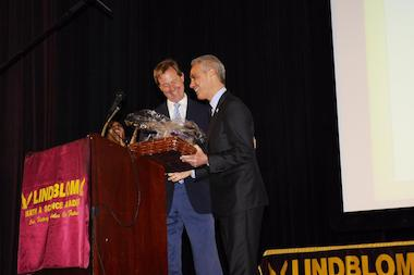 Lindblom High School Principal Alan Mather (l.) is presented with the inaugural Stanley C. Golder Award Wednesday by Mayor Rahm Emanuel. The award recognizes outstanding leaders of schools.