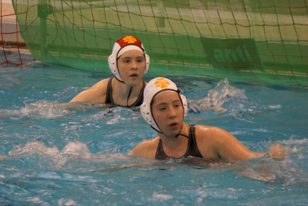 St. Ignatius College Prep sisters Tammy Stelnicki and Jennifer Stelnicki have water polo in their bloodlines.