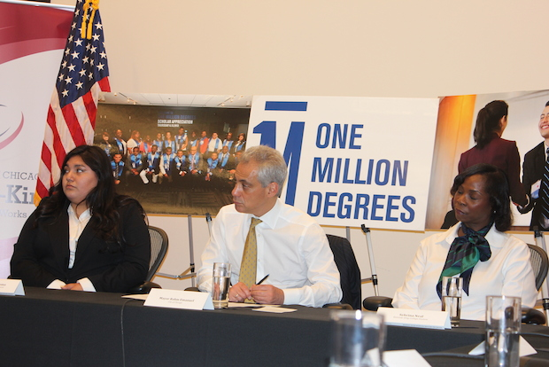 The nonprofit One Million Degrees has partnered with City Colleges of Chicago to assist its students graduate with their associate's degrees.