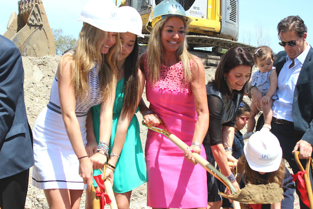 Lycee Francais officially breaks ground on its $35 million Lincoln Square campus