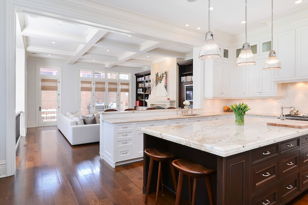 A six-bedroom, 9,000-square-foot Old Town home is on the market for $4,995,000.  Built in 2008, 1841 N. Sedgwick St. features large rooms throughout, including a penthouse-level family room that opens out onto a terrace, according to  Tim Salm of Jameson Sotheby's International Realty .