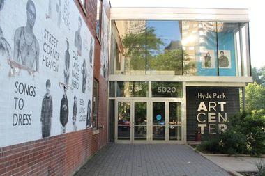 The Hyde Park Art Center is testing out letting people pay what they want for art classes.