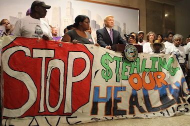 Ald. Bob Fioretti speaks at a news conference on mental health before the Health Committee meeting.