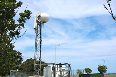 AT&T is installing a super antenna that can offer up to 18 times the capacity of a traditional antenna for the Chicago Air and Water Show.