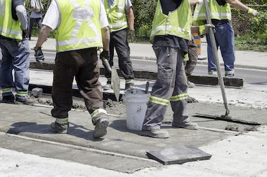 City crews will resurface Milwaukee Avenue between Albion Avenue and Elston Avenue.