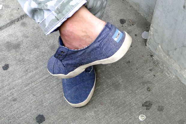 more photos 1db4e 0c5d4 TOMS Shoes Aims to Open By Thanksgiving, on Hunt for Sales ...