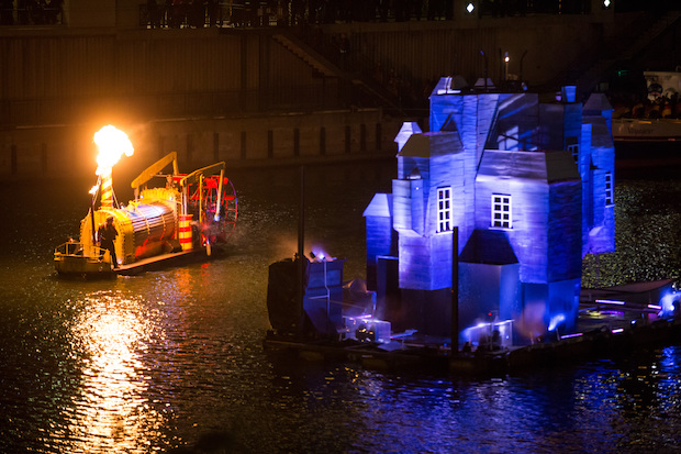 Redmoon Theater's Great Chicago Fire Festival promised to light up the Chicago River. While things didn't go as planned, thousands turned out for the festival.