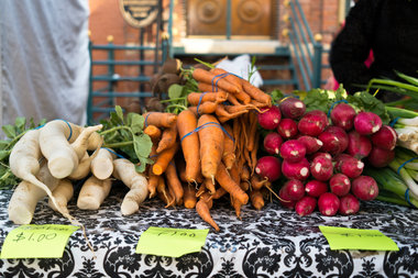 A farmer's market in North Center.