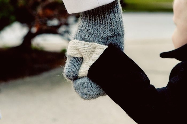 Knitting Pattern For Hand Holding Mittens : All-In-One Mittens to Hold Your Toddlers Hand a Hot Seller for Beverly M...