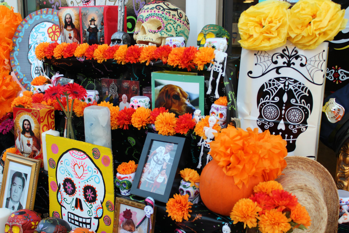 A Dia De Los Muertos altar honors the dead in Pilsen.