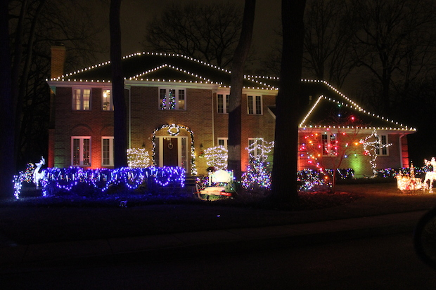 1 of 7 - Here's A Map To Find Sauganash, Edgebrook Homes With Great Christmas