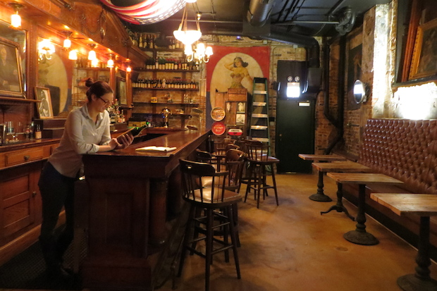The Drifter at Green Door Tavern & The Drifter a New River North Bar Has Old Speakeasy Roots - River ...