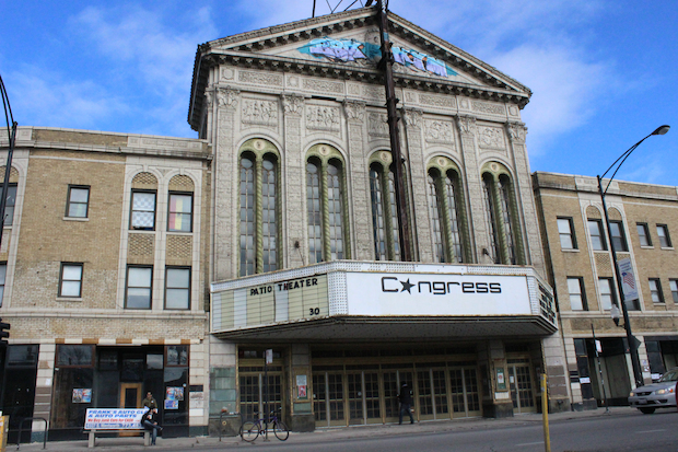 Chicago residents came out to take a peak at the Congress Theater Saturday ahead of renovations.