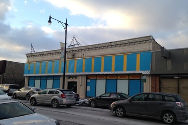 Deportiva de Futbol, an indoor soccer facility, is at 3040 W. Lawrence Ave.