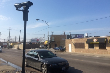 Both candidates in the 45th Ward runoff praised Mayor Rahm Emanuel's decision to remove a Forest Glen red-light camera.