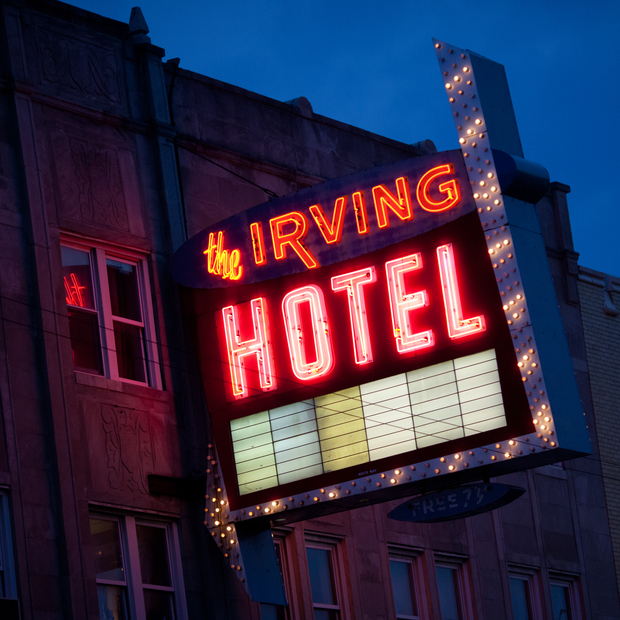 Our favorite neon signs in chicago 39 s neighborhoods for Irving hotel chicago