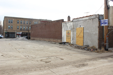 Vacant lots in Roseland and Pullman will be available for $1 through the city's