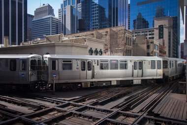 Green and Pink Line trains will not operate between Clinton and the Loop between 5 a.m. and 10 a.m. Saturday.