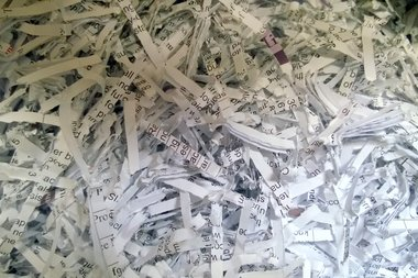 Safety experts advise people to shred sensitive documents to prevent identity theft.