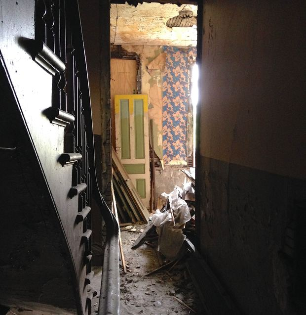 Embassy Park Apartments: Look Inside Wicker Park Apartments Untouched Since 70s