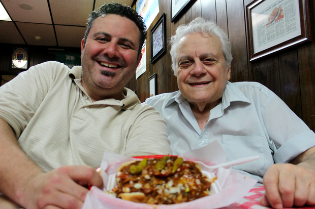 Johnny O's owner Johnny Veliotis has died.