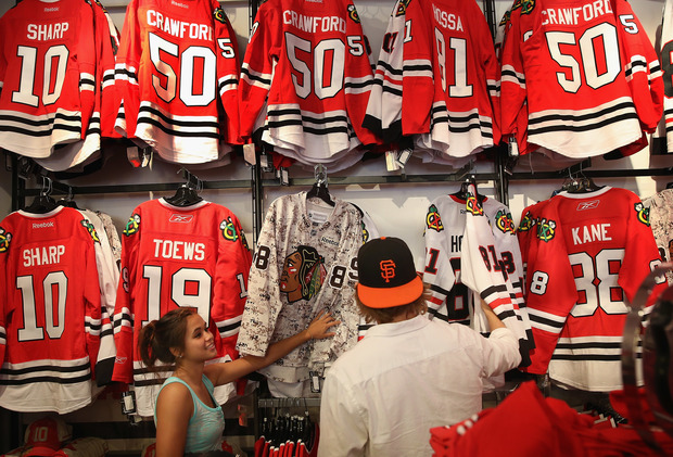 f05bf8936 People shopping for Blackhawks jerseys at the Blackhawks Store
