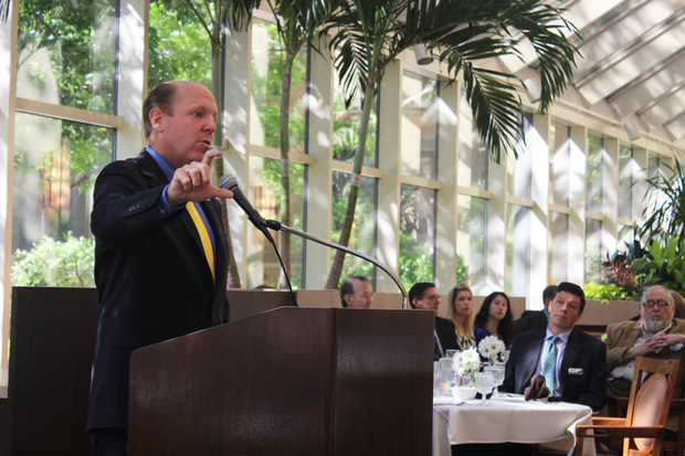 Ald. Harry Osterman (48th) addressed attendees of the 2015 State of Edgewater event.