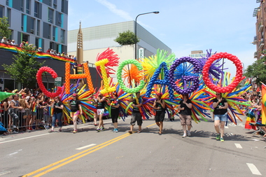 Chicago Gay Pride Parade To See Fewer Floats More Security