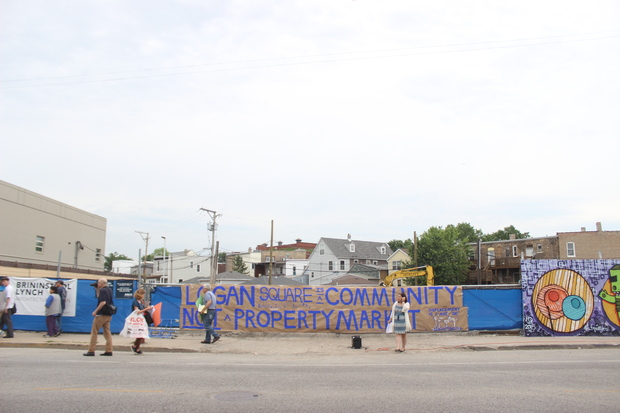 The first of several large-scale residential developments coming to Logan Square attracted protest from affordable housing and anti-gentrification advocates Wednesday, setting the stage for a series of similar opportunities on the bustling Milwaukee Avenue strip.