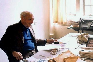 New documents of Saul Bellow have been unearthed by his fourth biographer, Zachary Leader.