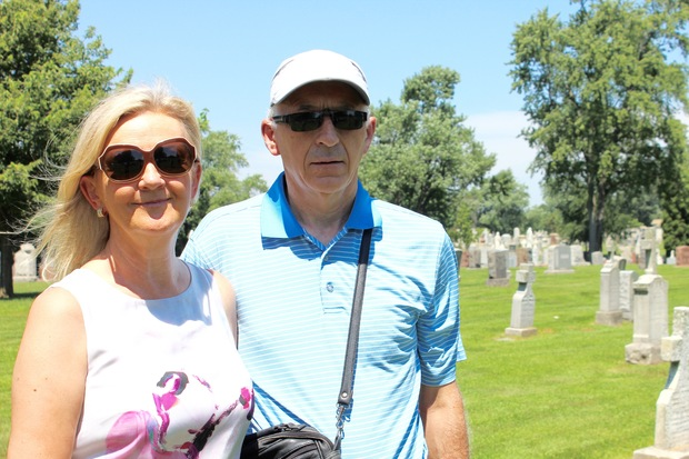 Eleanor Fitzmaurice of Ballingarry, Ireland visited Mount Olivet Cemetery in Mount Greenwood on Monday. Her husband, Paudie, and her two children - Frank Ryan of Dublin and Beth Ryan of Vancouver - also made the trip.