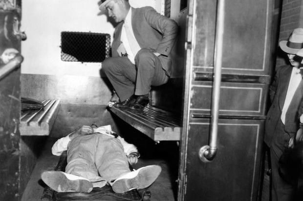 Man Who Saw John Dillinger's 'Gruesome' Death Speaks In