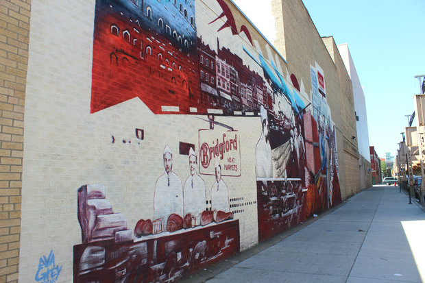 City 39 s meatpacking history on full display with huge new for Chicago mural group