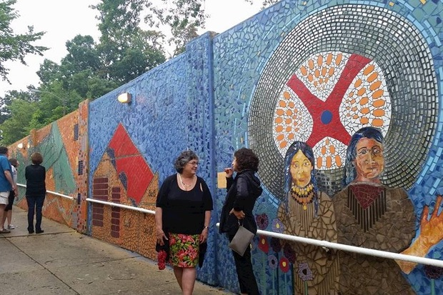 Sunday's free tour will include a live presentation from the Neighborhood Connection Project, which over five years turned an Edgebrook viaduct into the largest outdoor mural on the Northwest Side.