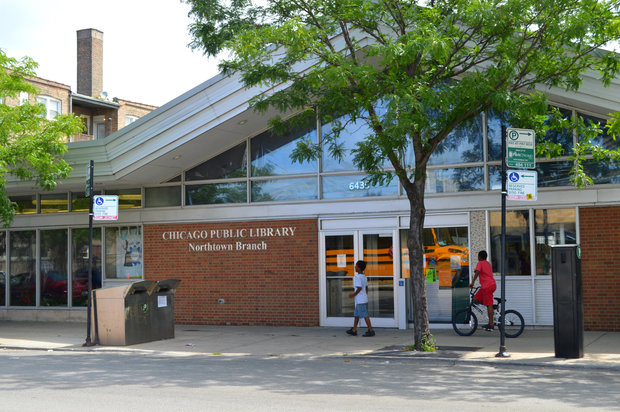 Residents and neighborhood groups, along with the support of Ald. Debra Silverstein (50th), are rallying behind a petition calling for a new West Ridge library.