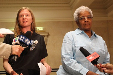 Registered nurse Erin Raether and Dr. Linda Rae Murray delivered a letter to the mayor calling on him to intervene in the Dyett hunger strike.