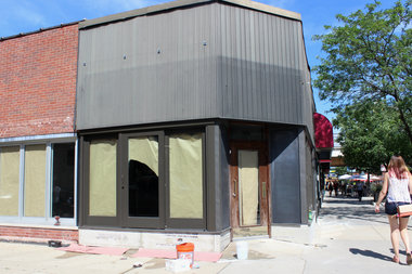 Will the fourth time be the charm for a restaurant at the corner of Wolcott and Montrose?