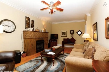 Wrigleyville Airbnb