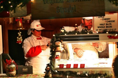 one of the shops at the christkindlmarket in chicago
