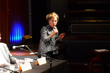 U.S Rep. Jan Schakowsky (D-9th) speaks at the State of Rogers Park meeting Thursday morning.