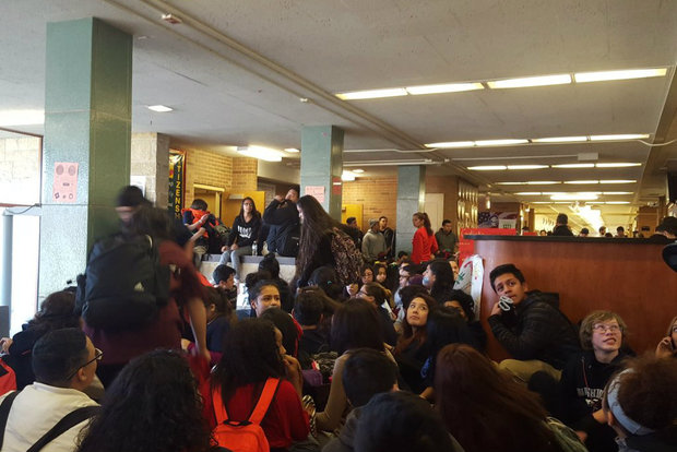 Washington High Students Stage Sitin To Fight Ouster of Beloved