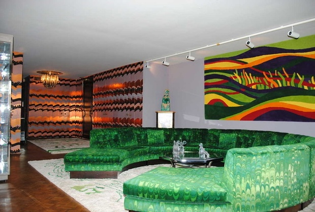 Prove you 39 re the grooviest by living in your own 1970s vip for 70s apartment design