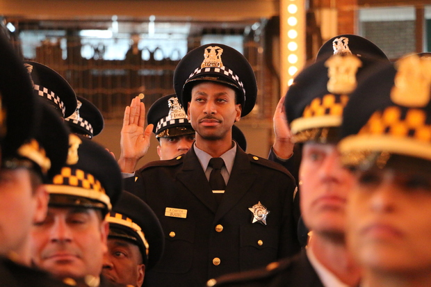 The Chicago Police Department will look for recruits during open houses on the Near West Side.