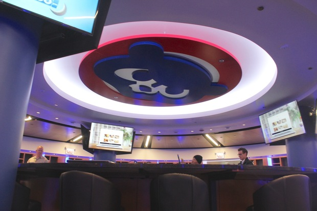 What S It Like To Live Large In New Cubs Clubhouse Take A