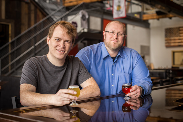 Joel Gratcyk (l.) and Jeremy Hylen are the creators of Chicagos.Beer, a guide to the breweries of Illinois.
