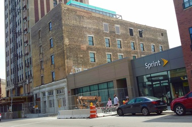 Sprint will be the northernmost tenant in the Northwest Tower hotel complex.