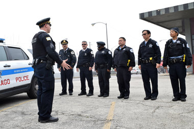 Chicago Police wants their officers to work on their days off during the Memorial Day weekend.