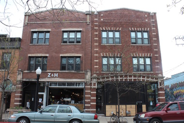 The University of Chicago has sold the home of Zaleski and Horvath and Cemitas Pueblas in the latest round of sales of residential properties.