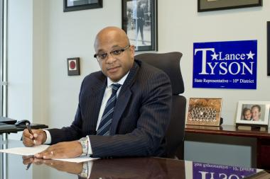 Attorney Lance Tyson is running as an independent against Smith, but he has connections to former Cook County Board President Todd Stroger.